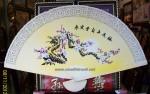 Tranh Quạt Gỗ-Mộc long đào hoa-Q04